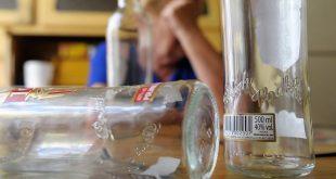 DZIECKO UCZESTNIKIEM LIBACJI ALKOHOLOWEJ