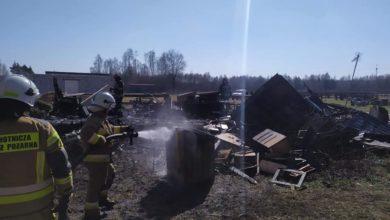 Photo of Pożar domu w gminie Gomunice. Straty oszacowano na 100 tys. zł