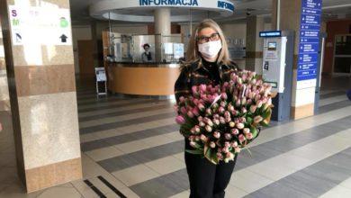Photo of Kwiaty w podziękowaniu dla pracowników szpitala