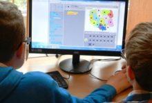 Photo of Zdalne nauczanie: Dzieci mają za dużo prac domowych? Rodzice apelują