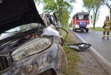 Photo of Śmiertelne uderzenie w drzewo. Zginął 23-letni mieszkaniec powiatu radomszczańskiego