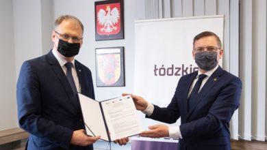 Photo of Podpisali umowę o dofinansowanie rozbudowy ul. Stolarzy