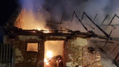 Photo of Pożar stodoły w gminie Przedbórz. Straty oszacowano na 25 tys zł.