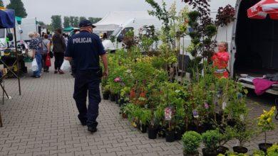Photo of Policjanci przypominają o bezpieczeństwie podczas wakacji