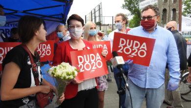 Photo of Działacze i sympatycy PiS zachęcają do głosowania na Andrzeja Dudę