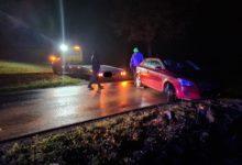 Photo of Kierowca rozbił auto, wjechał do rowu i uciekł pieszo